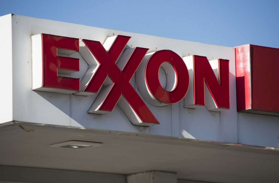 Hold Consensus rating on stock: Exxon Mobil Corporation (XOM)