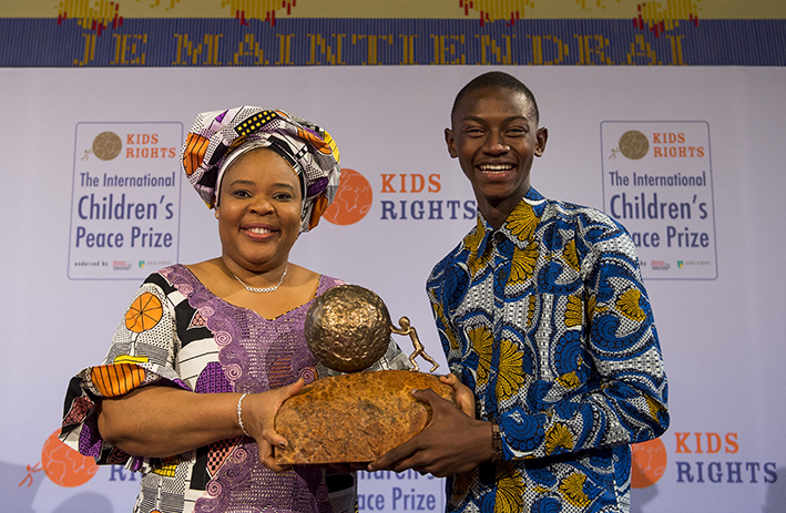 Flash Back L/R: Madam Laymah Gbowee Presenting the int'l Children's Peace Award