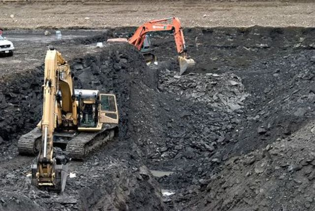 UAE's EGA hires US firm to oversee Guinea mining project -