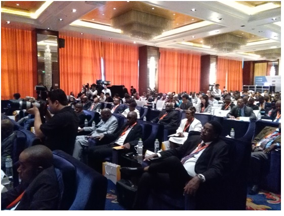 A cross section of African journalists and government information officials at the seminar in Beijing