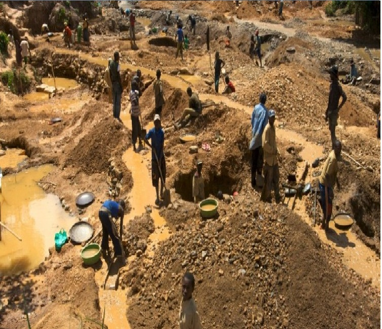illegal diamond mining in africa In 2014, 21 illegal miners died in the mine on a single day head of the legal department at south africa's chamber of mines.