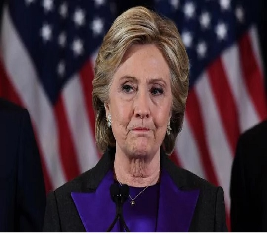 Hillary Clinton 'apologised to Barack Obama for shock election loss after he told her to concede to Donald Trump' -
