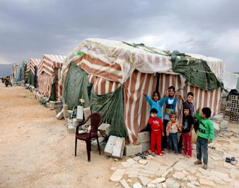 Evacuation of some Syrians from Lebanon area to start on Monday
