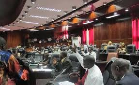 Members of the House of Representatives rejecting the presence of their Speaker, Alex Tyler