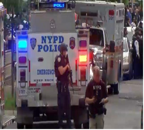 NYPD: Man who shot officer in Brooklyn kills himself -