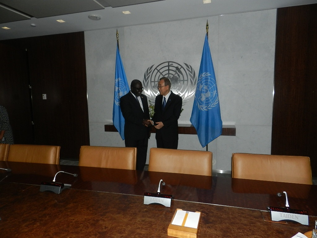 Liberia's Permanent Representative to the United Nations, His Excellency Lewis Brown II, Presenting his letter of Credence to UN Secretary General, Ban Ki-moon