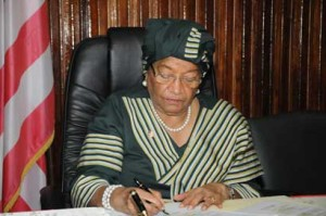 President-Sirleaf-signs-national-budget-into-law-1