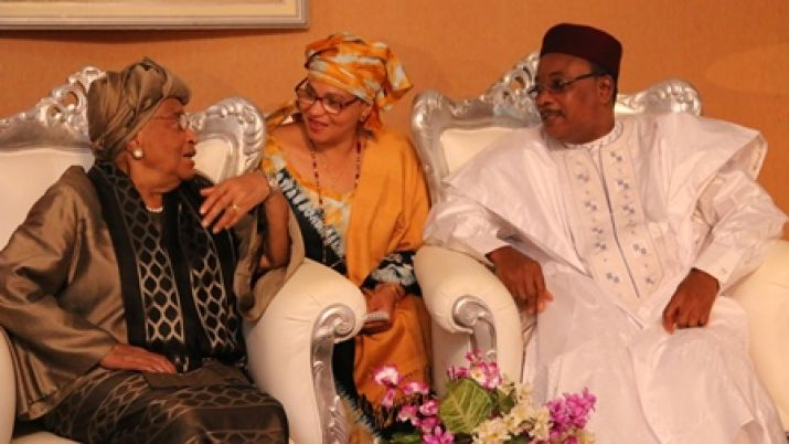 Presidents Sirleaf and Mahamadou hold talks in Niger