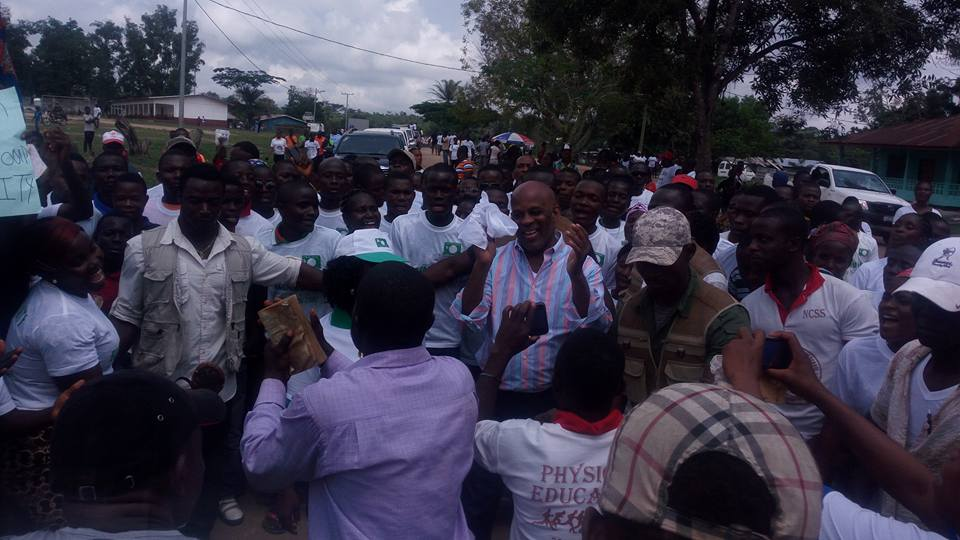 LP Political Leader, Walker Brumskine Swallowed By Supporters In Nimba