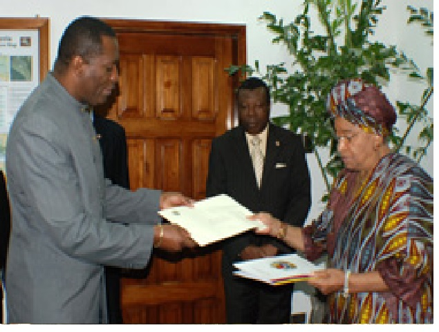 Venezuela's First Ambassador to Liberia present his Letters of Credence